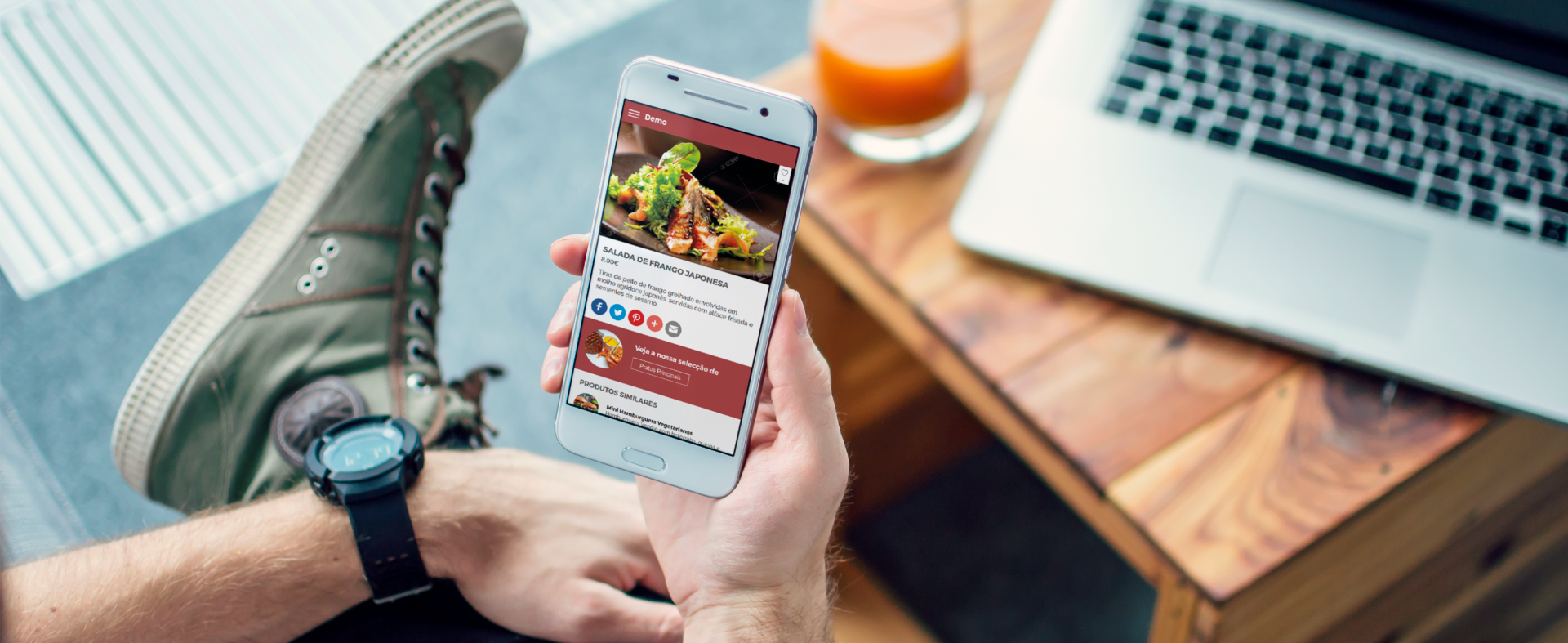 smartphone com pickly no restaurante